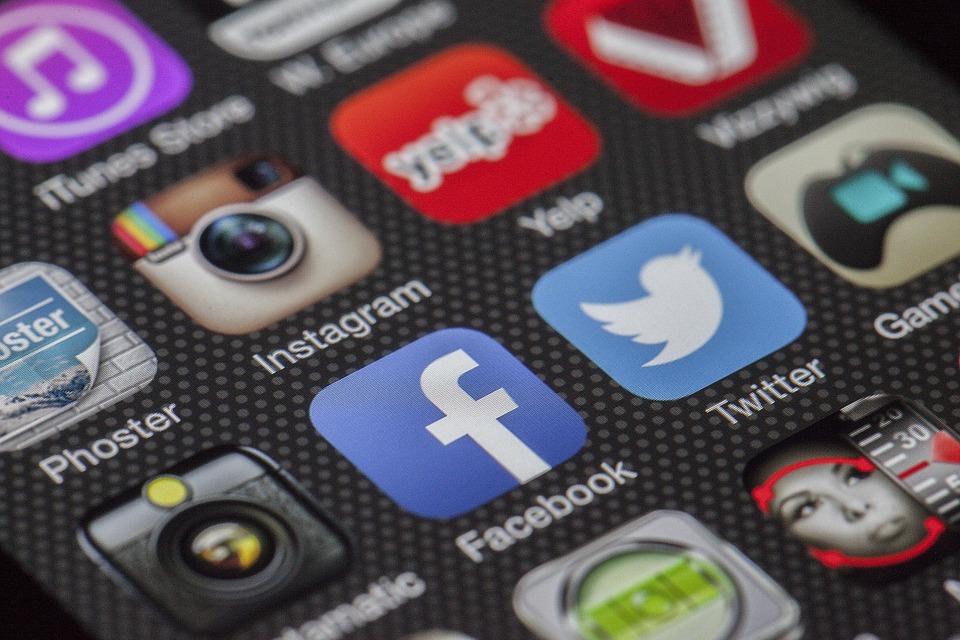 Por Que Todo Mundo Deve Criar Uma Página no Facebook?